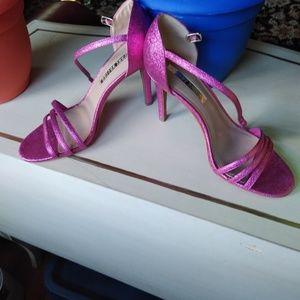 """Audrey Brooke """"Jeana"""" Pink Metallic Sandals Heels"""